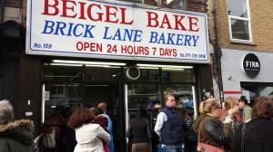 In de rij voor echte bagels Brick Lane