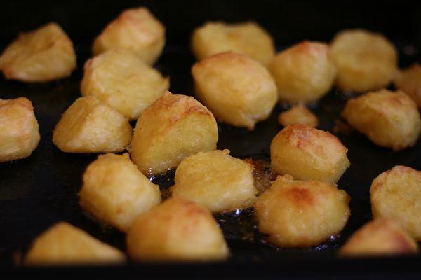 Recept: Aardappels uit de oven van Delia